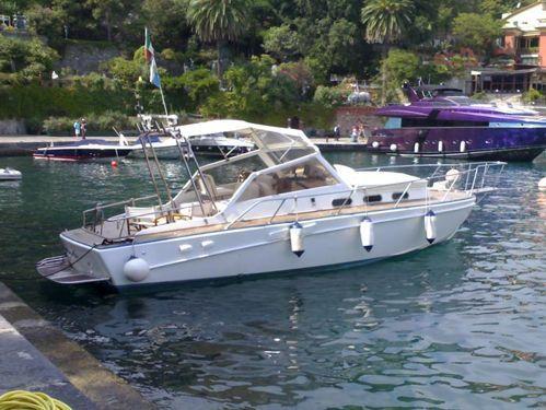 Imbarcazione a motore Canav 32 (1965)