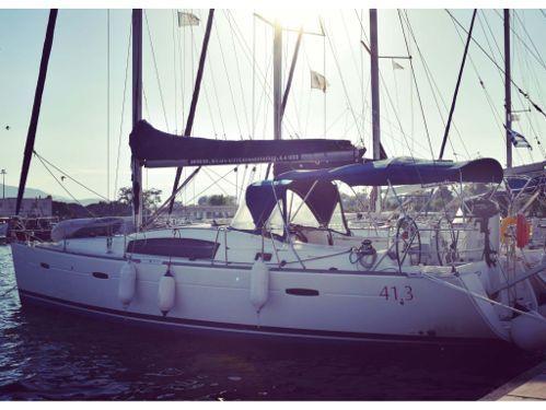 Barca a vela Beneteau Oceanis 40 · 2011