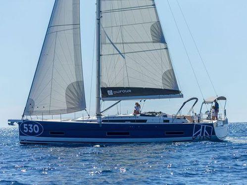 Barca a vela Dufour 530 (2021)