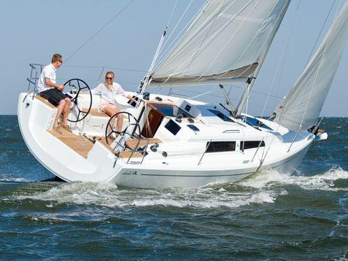 Sailboat Hanse 315 · 2020