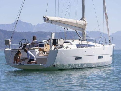 Sailboat Dufour 430 · 2021