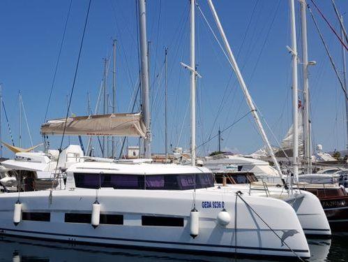 Catamaran Dufour 48 · 2020