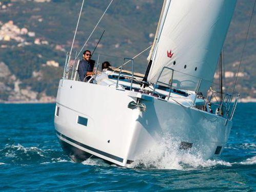 Barca a vela Dufour 390 (2021)