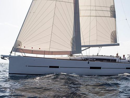 Sailboat Dufour 460 · 2021