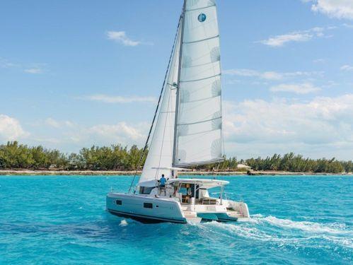 Catamaran Lagoon 42 · 2021