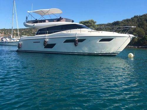 Imbarcazione a motore Ferretti 450 (2019)