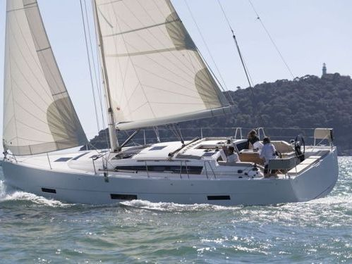 Barca a vela Dufour 430 · 2019