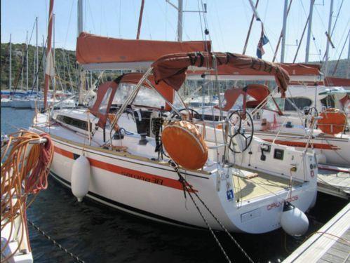 Sailboat Salona 38 · 2012