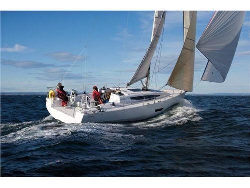 Sailboat Elan E5 · 2015