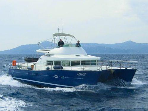 Catamarano a motore Lagoon Power 43 · 2015