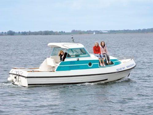 Imbarcazione a motore Bellus 750 (2010)