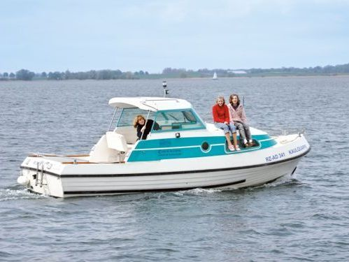 Imbarcazione a motore Bellus 750 · 2010