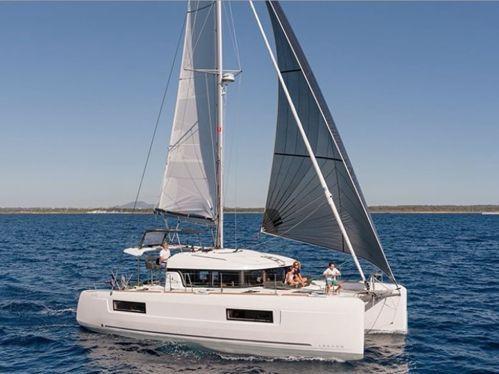 Catamarano Lagoon 40 · 2019