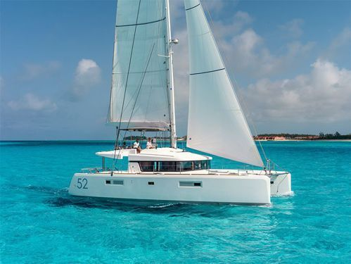 Catamaran Lagoon 52F (2021)
