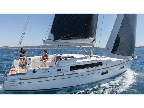 Sailboat Beneteau Oceanis 38.1 · 2020