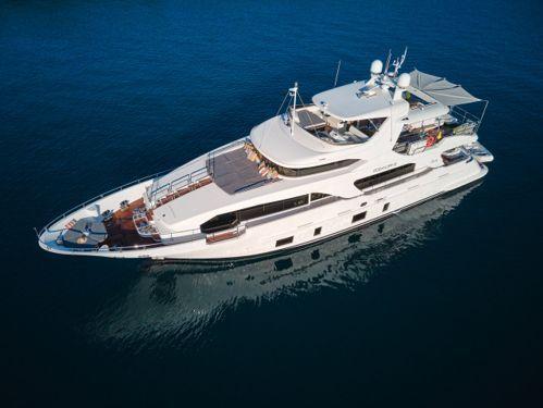 Imbarcazione a motore Benetti Delfino 93 (2012)