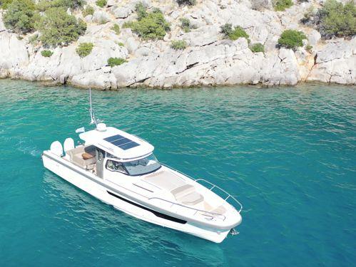 Speedboat Nimbus T11 · 2020