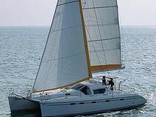 Catamaran Alliaura Privilege 465 · 2002