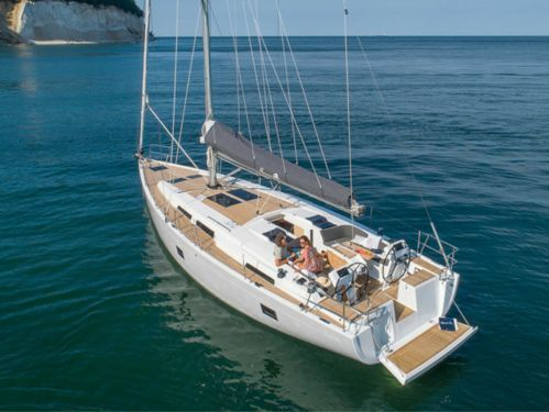 Sailboat Hanse 458 · 2019