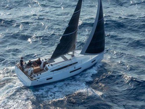 Sailboat Jeanneau Sun Odyssey 410 · 2021