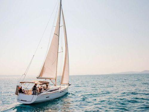 Barca a vela Jeanneau 45 · 2016