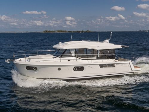 Imbarcazione a motore Beneteau Swift Trawler 41 · 2020