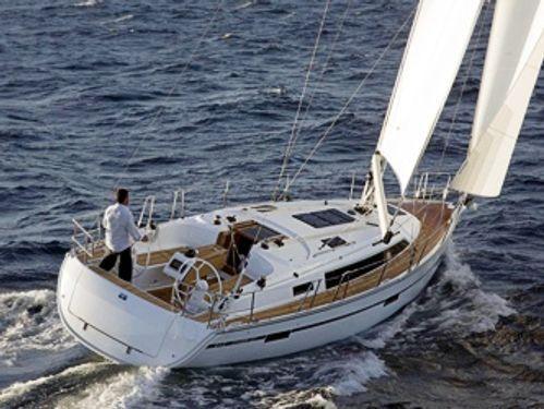Sailboat Bavaria Cruiser 37 · 2021