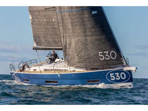 Barca a vela Dufour 530 · 2021