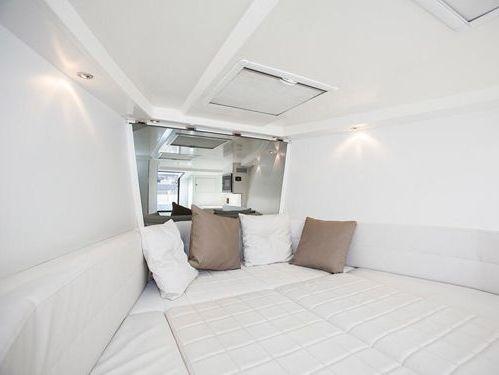 Imbarcazione a motore VanDutch 40 · 2013