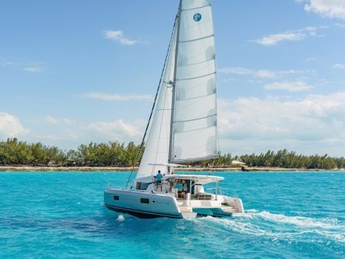 Catamaran Lagoon 42 · 2022