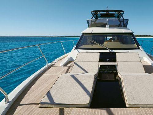 Motorboot Beneteau Monte Carlo 6 · 2018