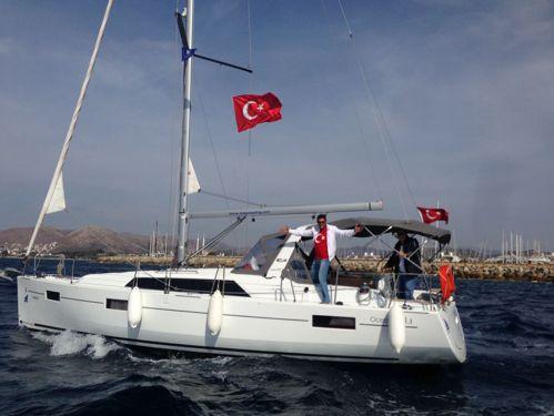 Sailboat Beneteau Oceanis 41.1 · 2016