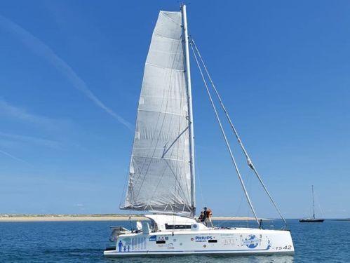 Catamarano TS 42 (2016)