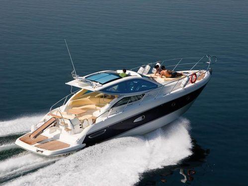 Motorboat Cranchi Mediterranee 44 · 2010
