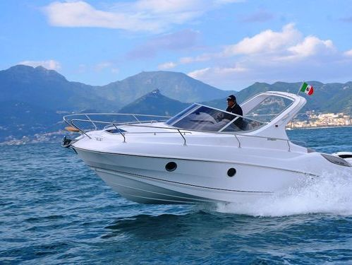 Motorboat Salpa 30.5 · 2021