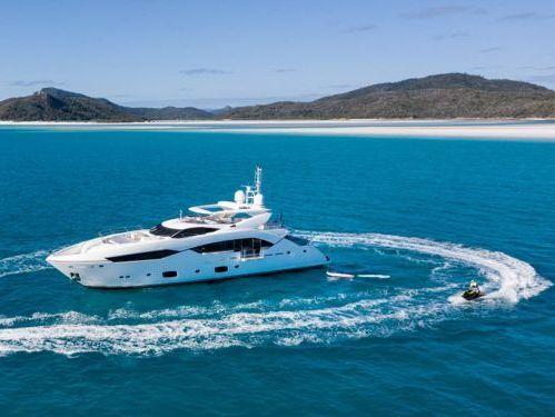 Motorboat Sunseeker Predator 115 · 2014