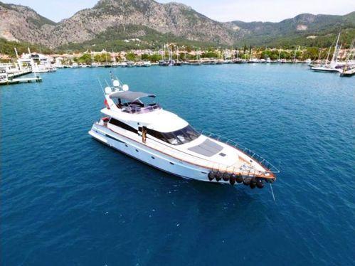 Motorboat Motoryacht Motoryacht · 2001