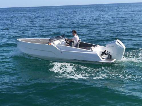 Speedboot D-Boat Manzanos · 2018