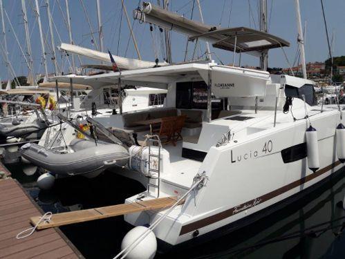 Catamarano Fountaine Pajot Lucia 40 (2016)