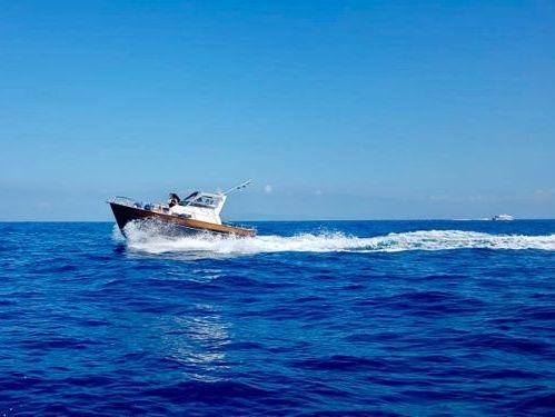 Imbarcazione a motore Tecnonautica Jeranto 750 (2010)