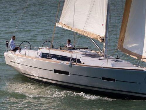 Sailboat Dufour 382 GL (2018)