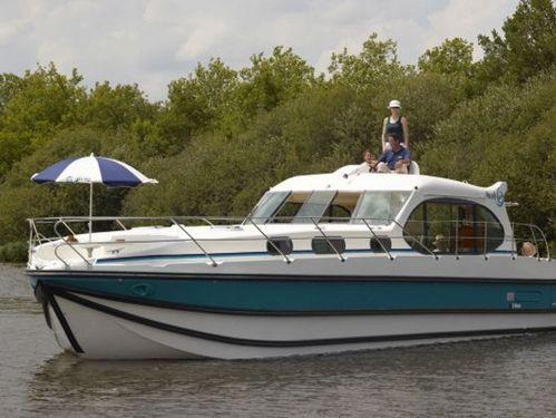 Motorboot Nicols Estivale Sixto Prestige C · 2017