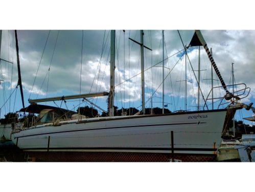 Sailboat Bavaria 44 · 2004