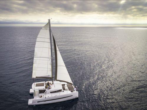 Catamarán Bali 4.0 · 2018