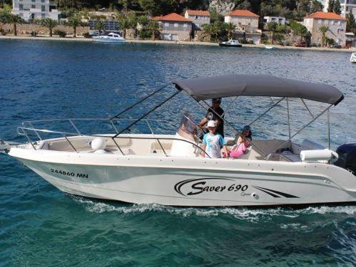 Speedboat Saver 690 Open · 2010