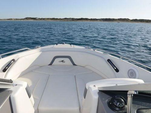 Speedboot Monterey 224 FS · 2020