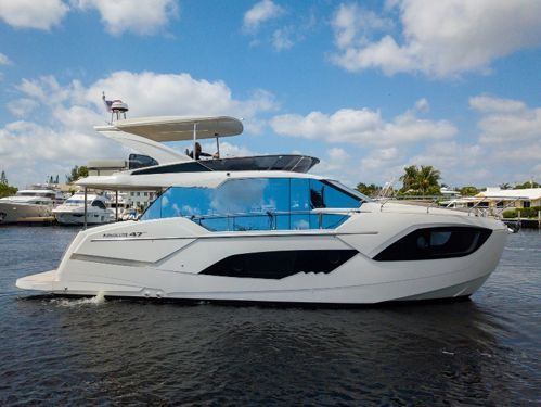 Motorboat Absolute 47 Fly · 2020