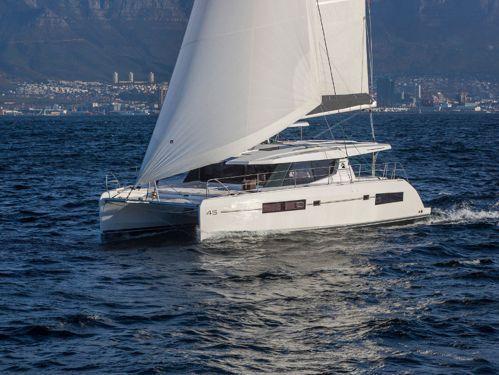 Catamaran Leopard Moorings 4500 · 2021