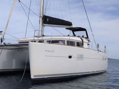 Catamarán Lagoon 400 S2 · 2017