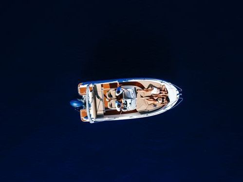 Speedboat Jeanneau Cap Camarat 6.5 CC · 2011
